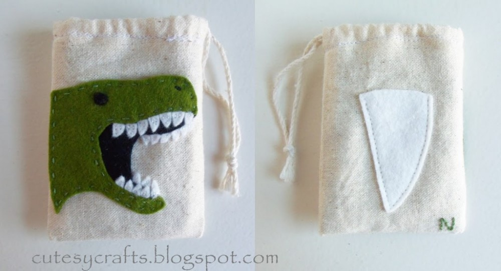 Muslin Tooth Fairy Bags with Dinosaur Embroidery Pattern