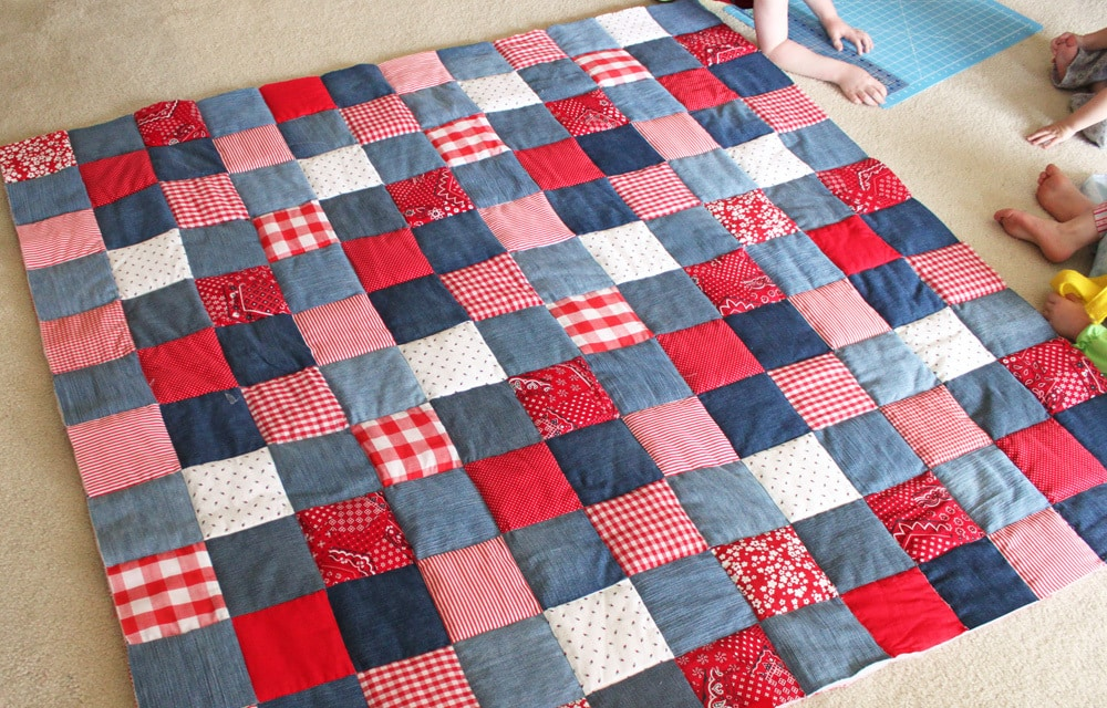 Diy picnic quilt from old jeans cutesy crafts for How to make a quilt template