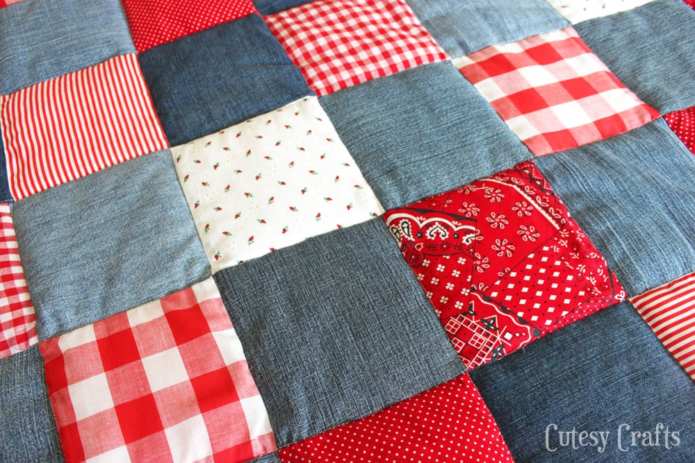 DIY Picnic Quilt from Old Jeans - Cutesy Crafts : easy diy quilts - Adamdwight.com