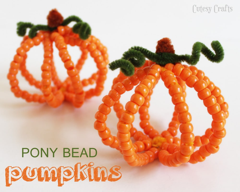 Pony bead pumpkins halloween kid craft cutesy crafts for Bead craft ideas for kids