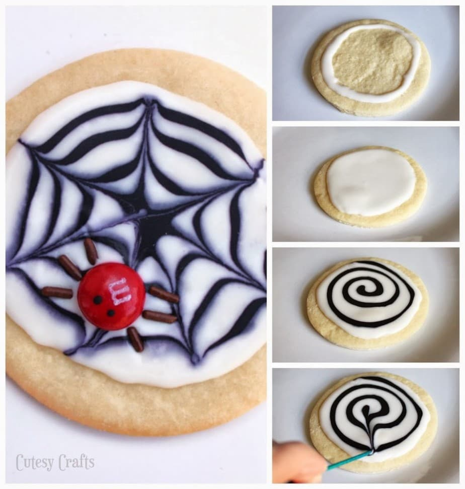 M&M's Spider Cookies - Adorable Halloween cookies!