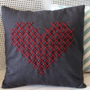 Cross Stitch Heart Pillow For Valentine S Day Cutesy Crafts