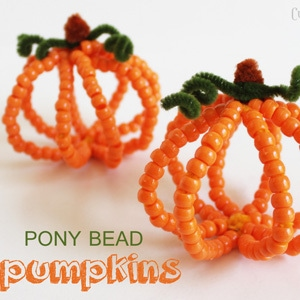 Pony Bead Pumpkins – Halloween Kid Craft