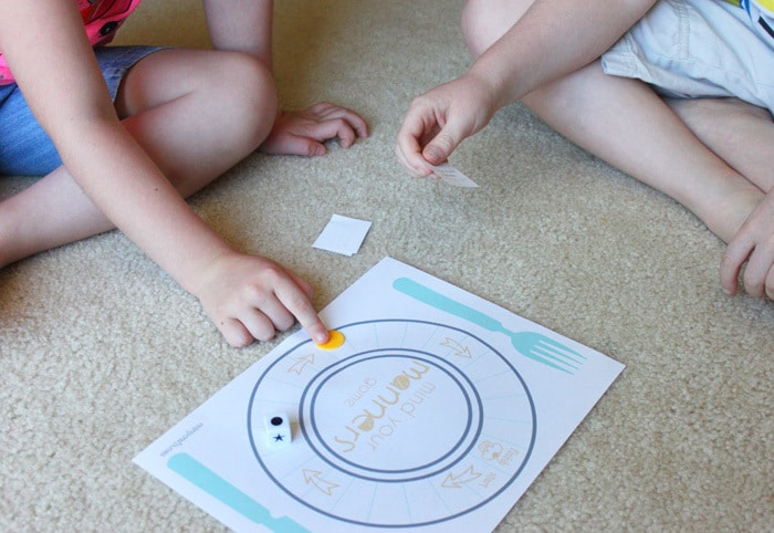 Game to teach table manners to kids. #DineInOrderAhead #PMedia #ad