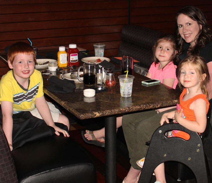 Use BJ's Dine in Order Ahead and Mobile Pay features to cut down on wait time at the restaurant and keep the kids happy. #DineInOrderAhead #PMedia #ad