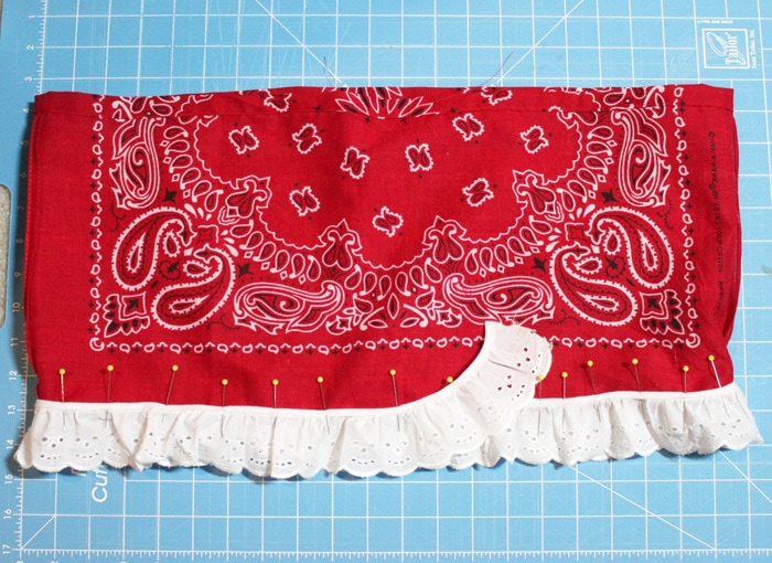Bandana Skirt Tutorial - Perfect for a 4th of July outfit or every day cuteness!