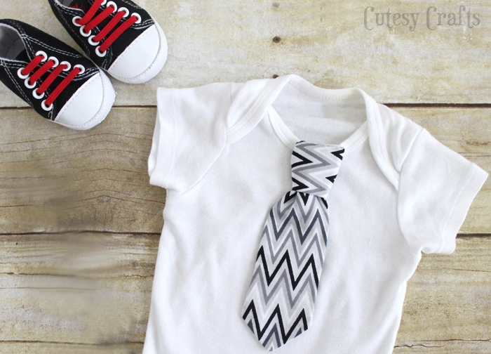 Necktie Onesie Tutorial with Baby Tie Pattern -  Would make a great baby shower gift!