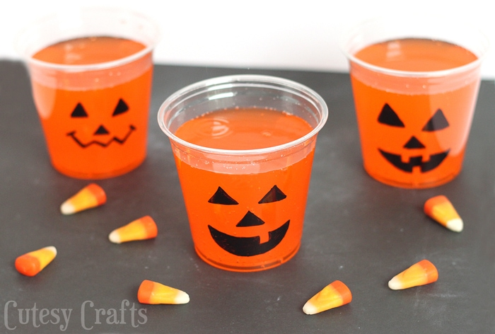 Halloween Party Idea - Jack-O-Lantern Cups #CVS4FantaFun #ad