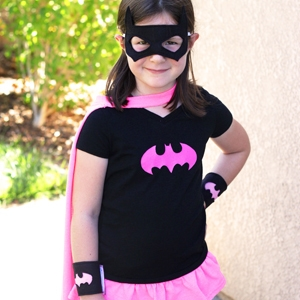 DIY Batgirl Costume from a T-Shirt