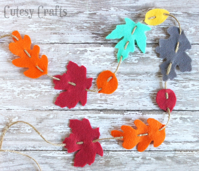 felt fall leaf garland cutesy crafts. Black Bedroom Furniture Sets. Home Design Ideas