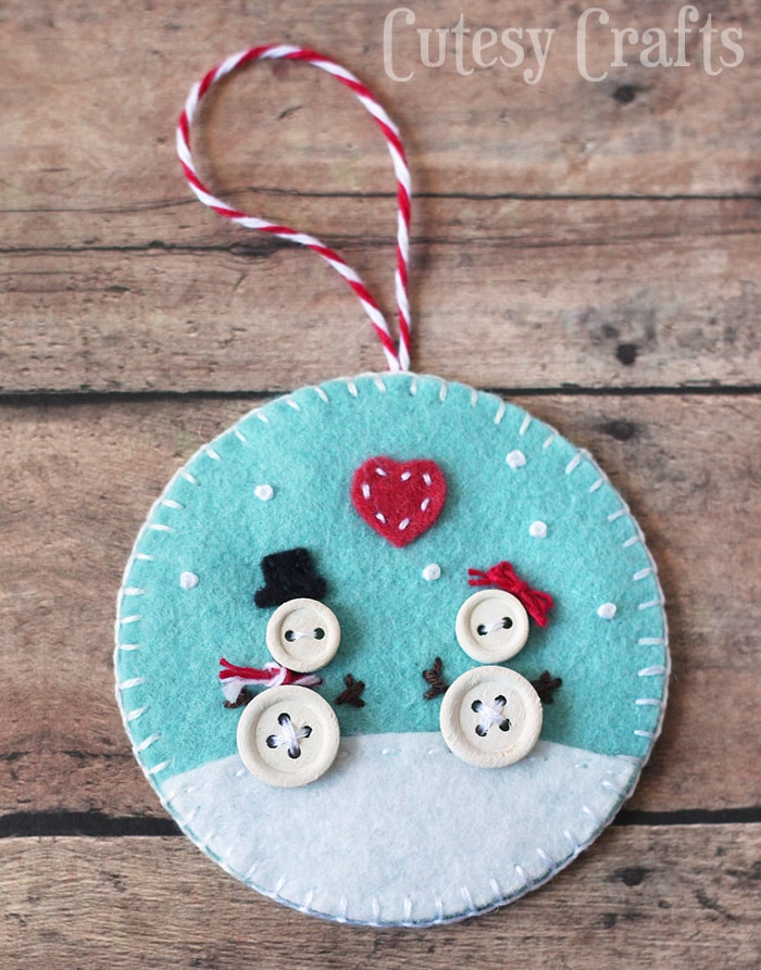 Button and Felt DIY Christmas Ornaments - Cutesy Crafts