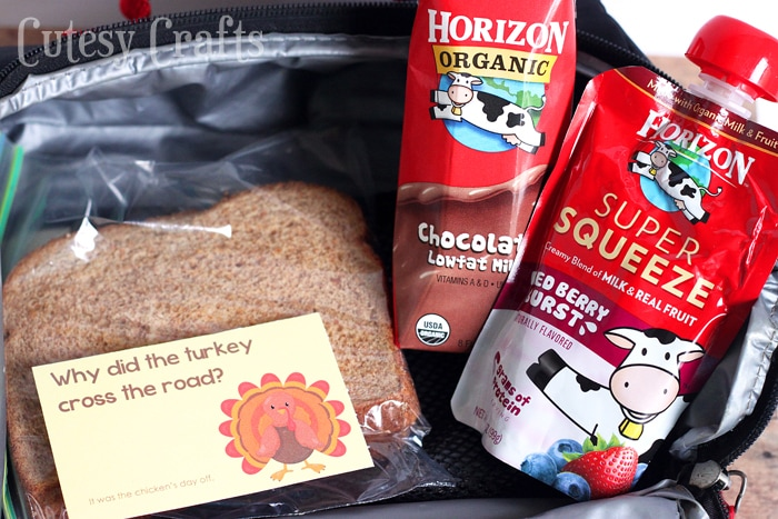 School Lunch Ideas - Thanksgiving Lunch Box Jokes #HorizonLunch #ad