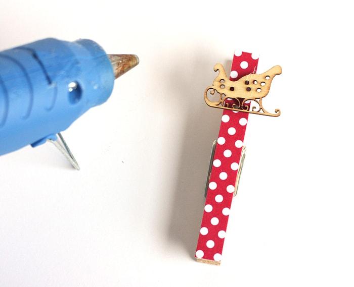 DIY Christmas Card Garland #SendHallmark #ad