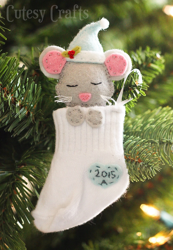 Baby Sock DIY Christmas Ornaments - Cutesy Crafts