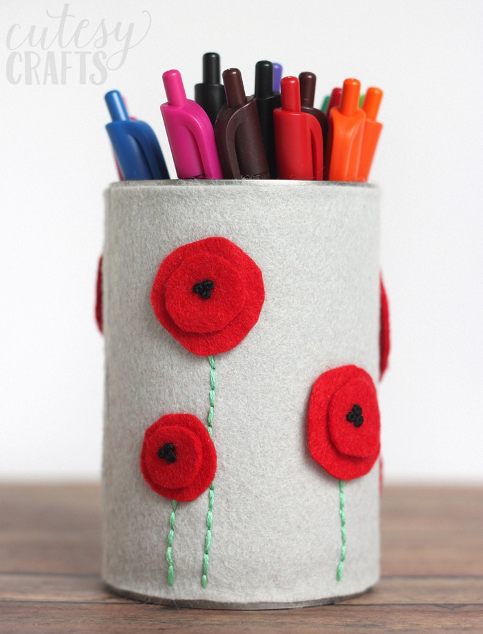 Felt DIY Pencil Holder #stockup4schools #Pmedia #ad