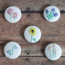 DIY Magnets with Embroidery