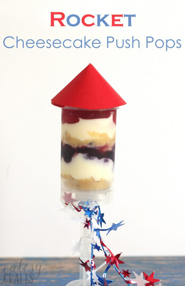 Rocket Cheesecake Push Pops - A perfect 4th of July dessert!