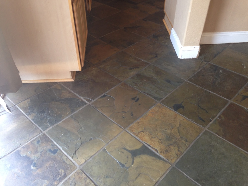 Unbiased luxury vinyl plank flooring review cutesy crafts for Carpet and vinyl flooring