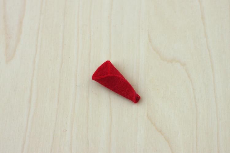 felt-poinsettia-ornament-04