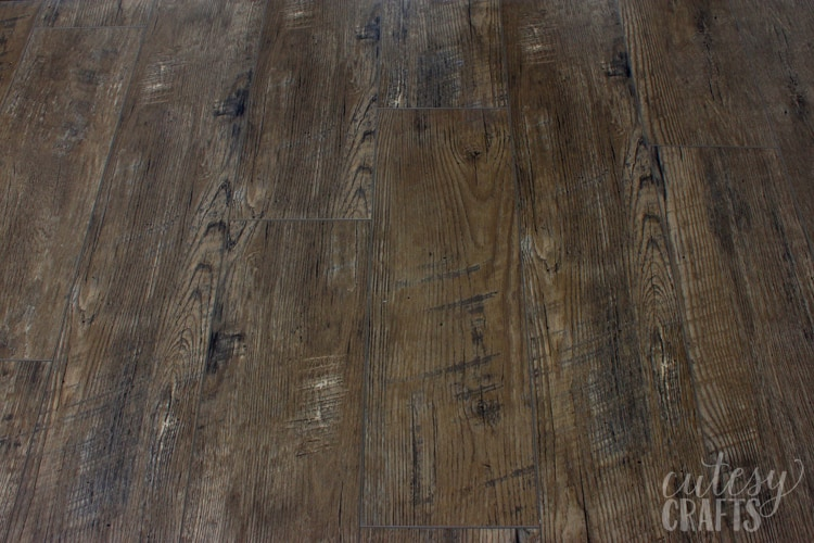 Since There Isn T A Lot Of Information Out There Yet I Thought I Would Give You My Unbiased Luxury Vinyl Plank Flooring Review To Help Make Your Decision