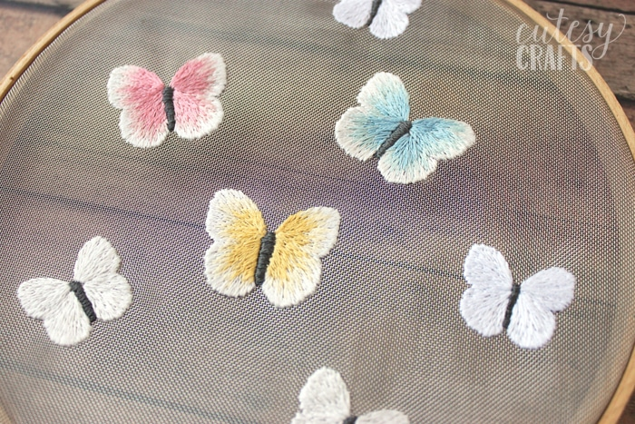 http://cutesycrafts.com/wp-content/uploads/2017/07/mesh-butterfyl-embroidery-pattern-01.jpg