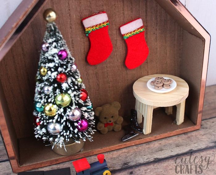 Shadow Box Christmas Decoration Craft