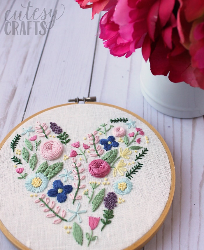 Heart Flower Embroidery Design - Free hand embroidery pattern!