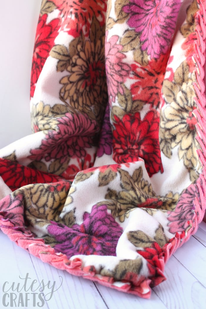 How to Make a No-Sew Fleece Blanket with Braided Edge