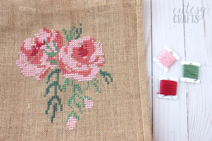 free cross stitch rose pattern