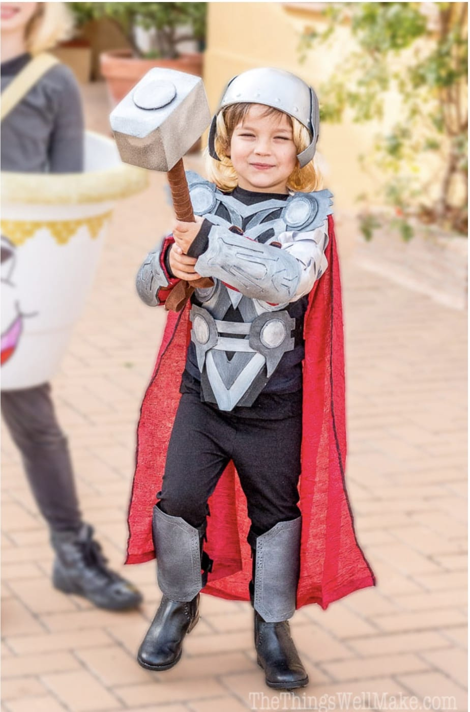 DIY Superhero Costumes - Cutesy Crafts