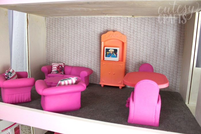 Doll House Makeover - Vintage Barbie Furniture