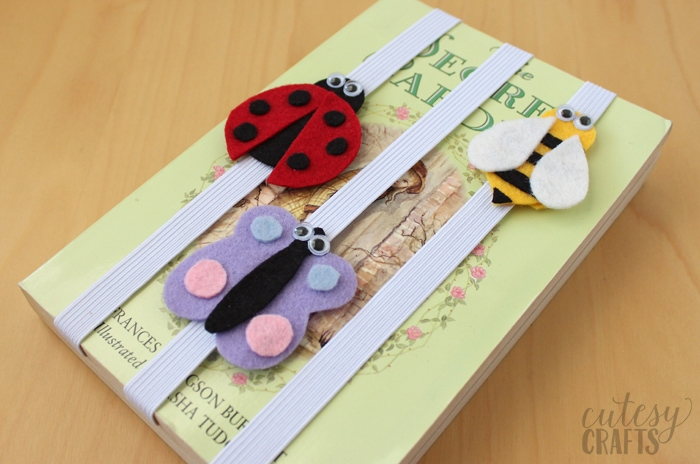 15 DIY Bookmarks