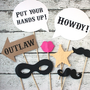 9b2cf791c778 Free Printable Western Photo Booth Props