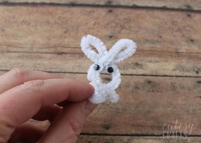 pipe cleaner Easter craft