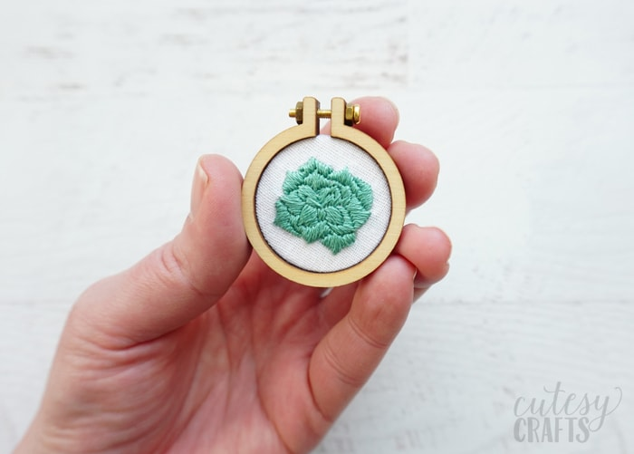 Mini Embroidery Hoops with Free Patterns