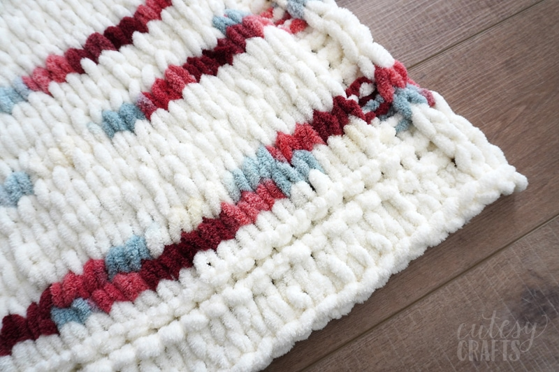 how to make a finger knit blanket