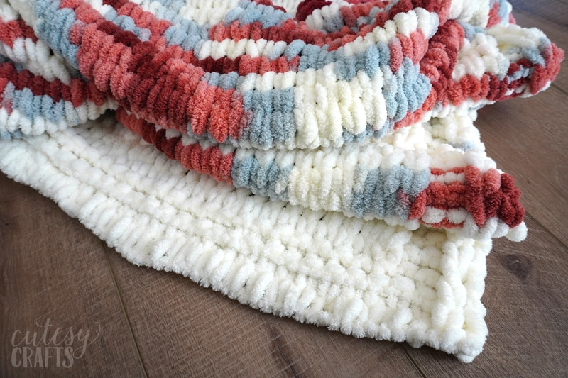 how to make a finger knit blanket with loop yarn
