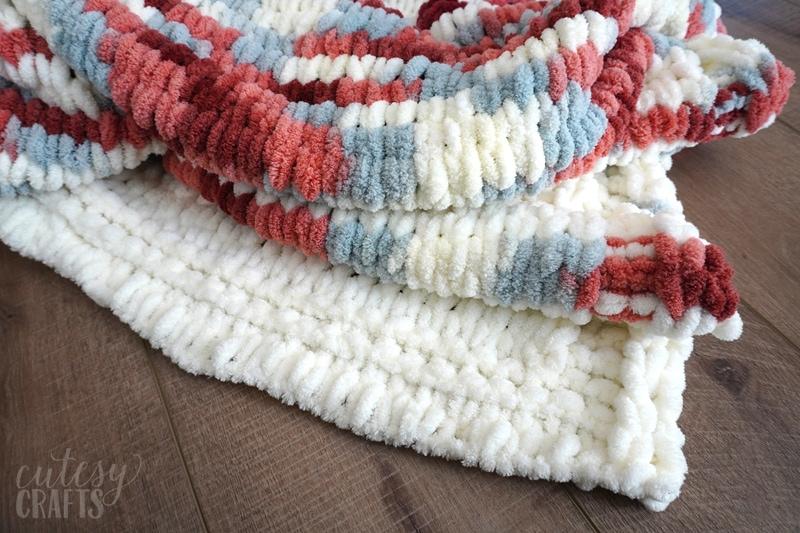 How To Make A Loop Yarn Blanket Cutesy Crafts