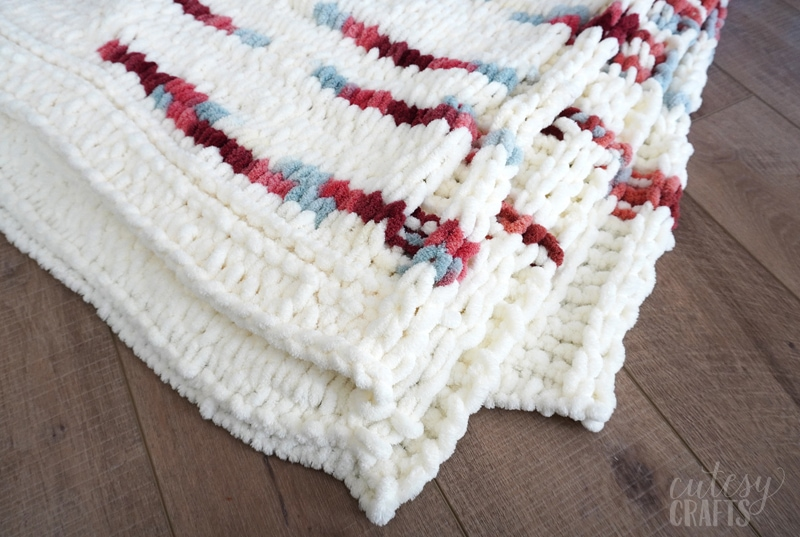 How to Make a Loop Yarn Blanket