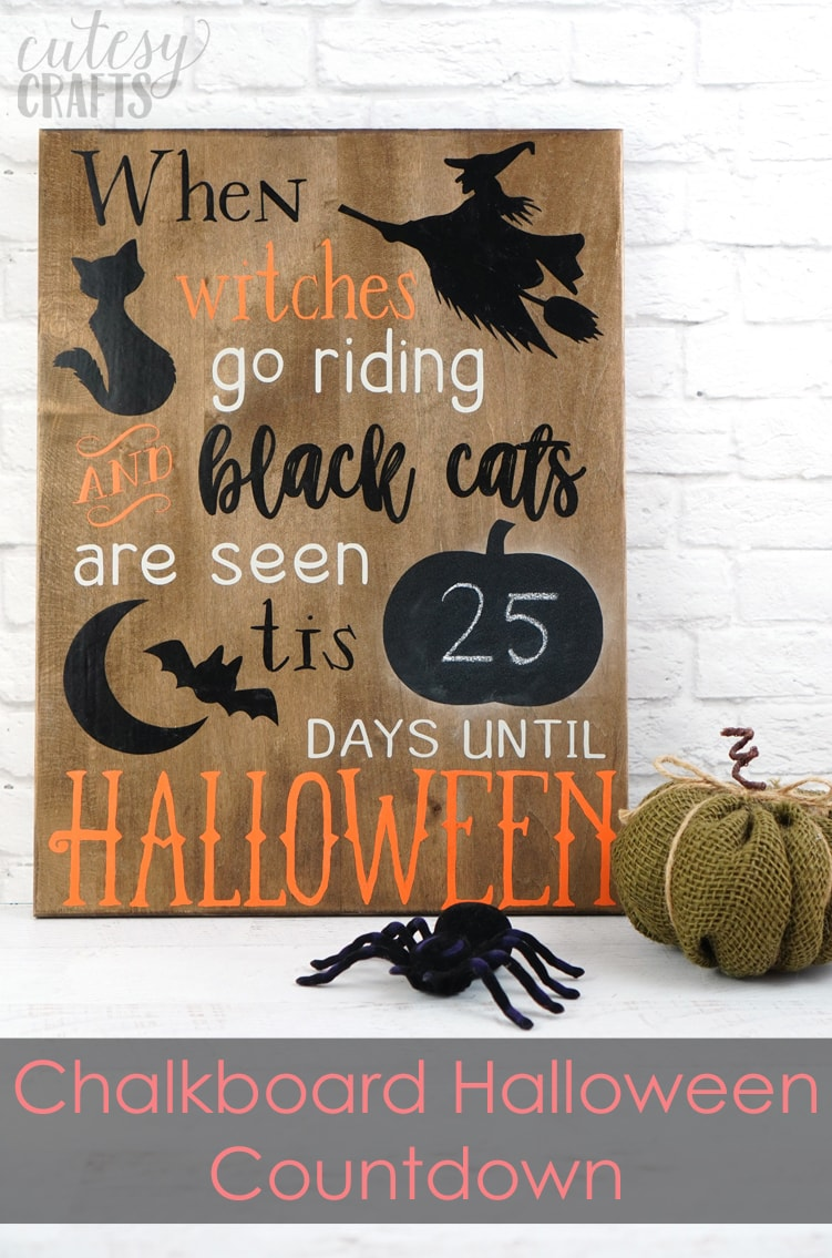 Cricut Halloween Decoration - Chalkboard countdown with free Halloween cut file!