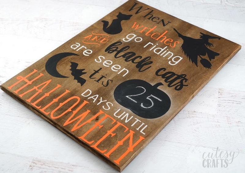 Cricut Halloween Decoration - Chalkboard Countdown