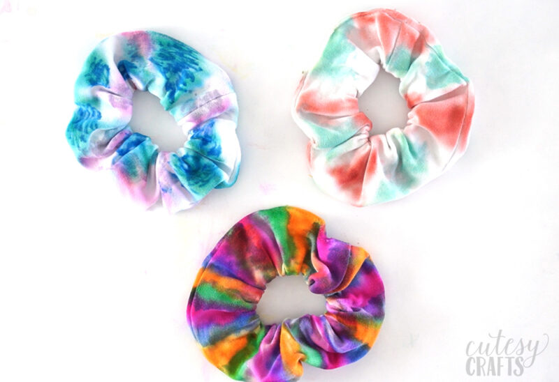 Tie Dye Technique Alternative- Sharpie Dyed Scrunchies